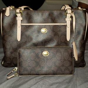 COACH Shoulder Bag w/ Matching Wallet